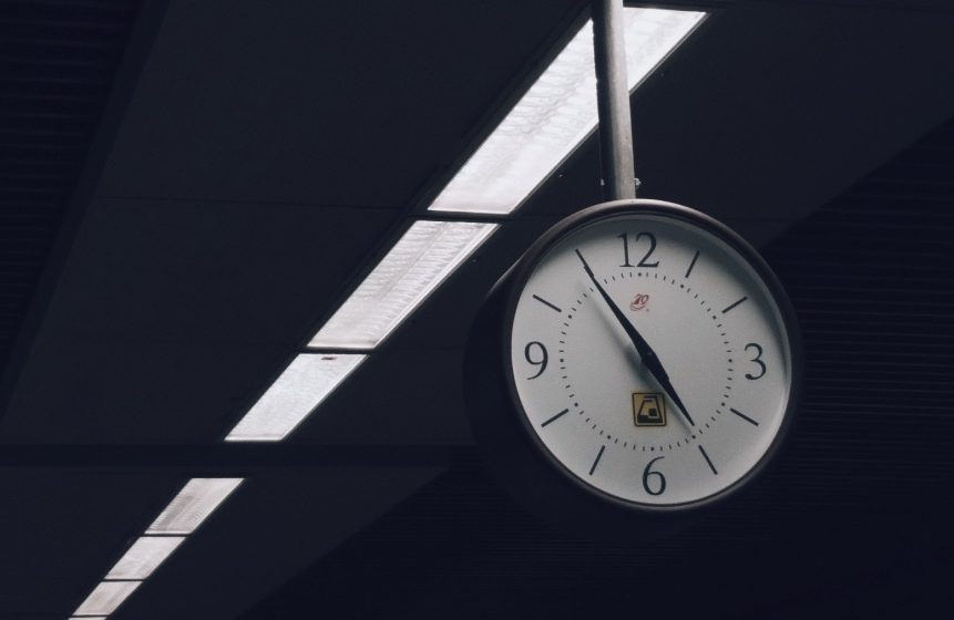 Clock in train station when you'll die
